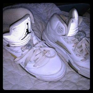 Jordan 5 size 6Y
